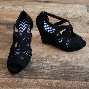 Black wedges heels brand new